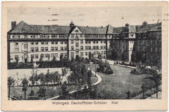Wohngebäude Deckoffizier-Schüler, Kiel